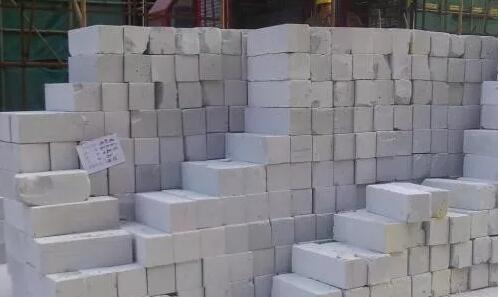 我们农村建房,现在红砖不好买,可以使用加气砖么?