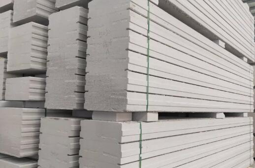蒸压加气混凝土砌块的大气孔怎么办?